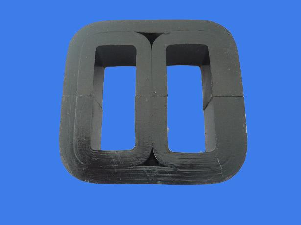E-type transformer core